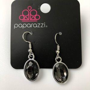 🔹5/$20 PAPARAZZI NWT Black Oval Gem Earrings
